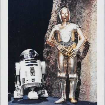 HS-PressPhoto-R2C3PO-Color-Reproduction